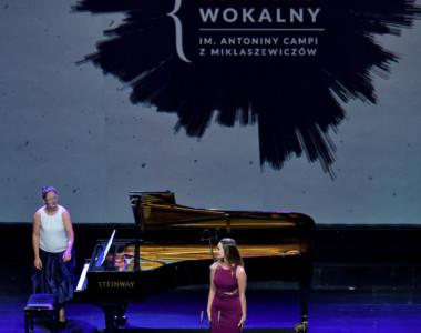 Zuzanna Caban (sopran), Justyna Skoczek (fortepian)