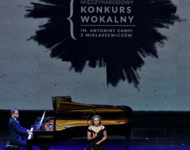 Daria Klich (mezzosopran), Tomasz Pawłowski (fortepian)